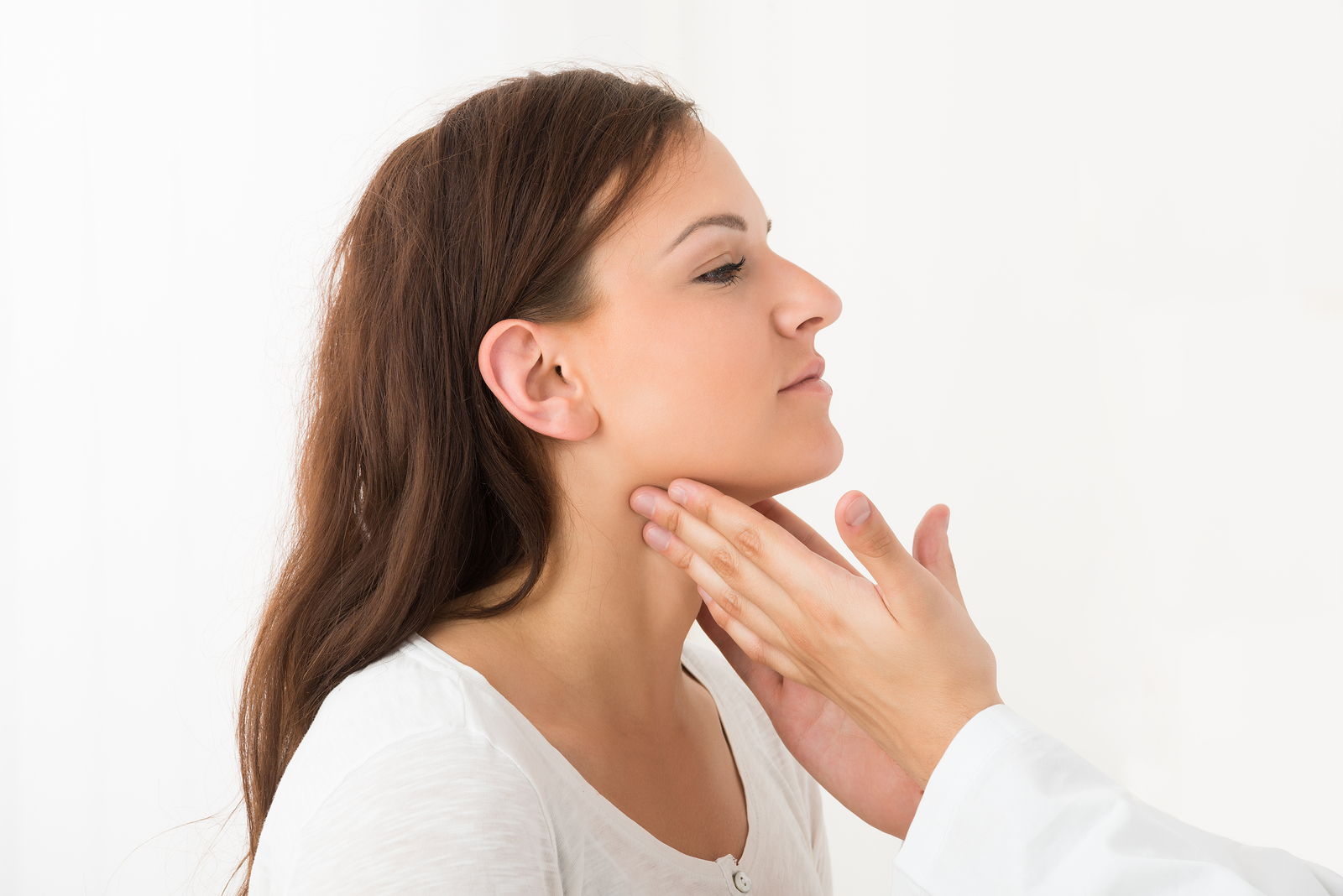thyroid symptoms in women